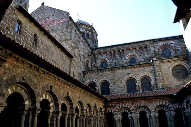 Cloitre de la Cathédrale (1)