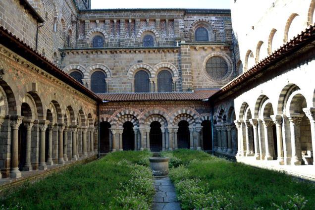 Cloitre de la Cathédrale (2)