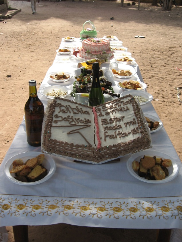Table festif (Gâteaux et boissons)